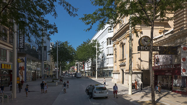 Mariahilfer Straße in Wien Wikipedia/Gugerell CCO